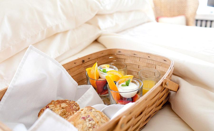 breakfast in bed | Nantucket, MA